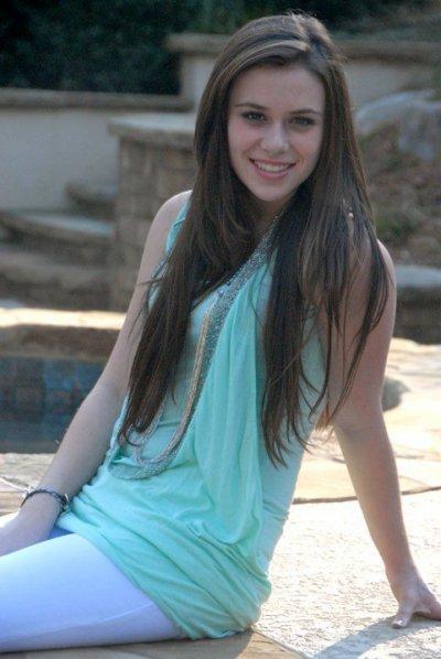 Photos de la plus belle fille de 15 ans de la Roumanie